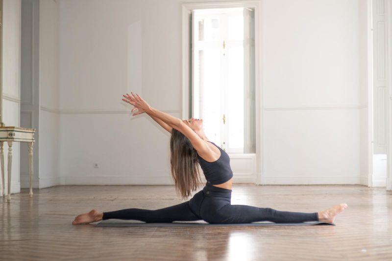 celsa-imagen-corporatia-yoga-Madrid.jpg