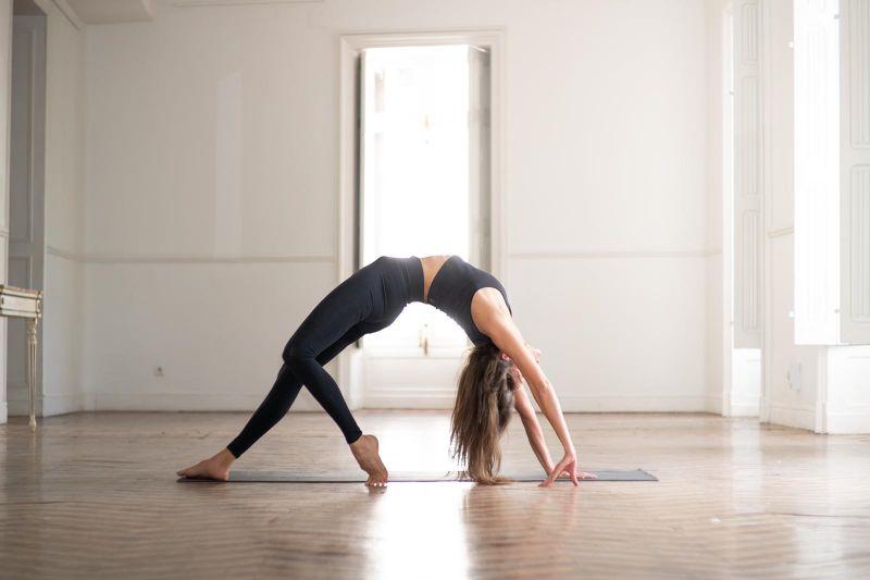 imagen-corporativa-yoga-Celsa.jpg